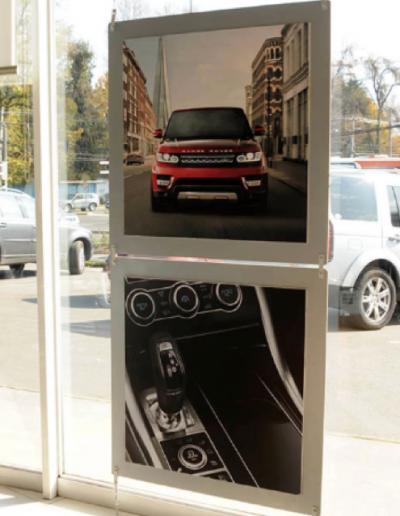 instalacion porta grafica de acrilico